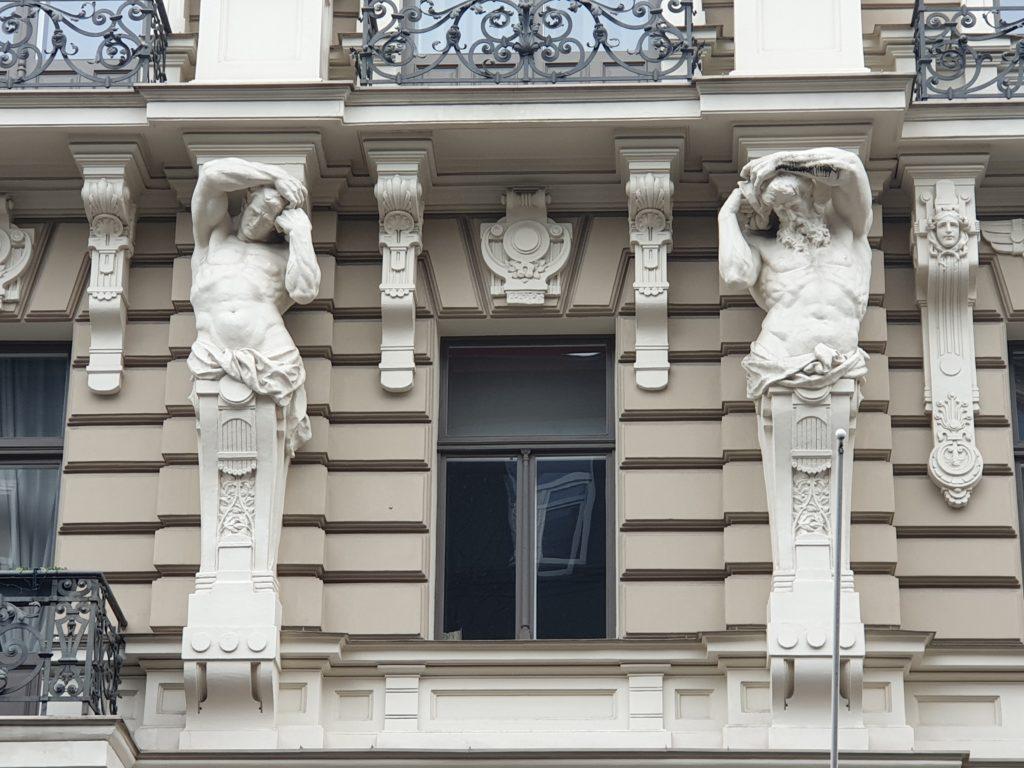 particolare del palazzo liberty in Elizabetes Iela 33 Riga