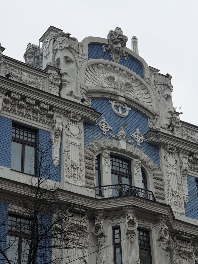 palazzo liberty in Elizabetes Iela 10b riga i decori