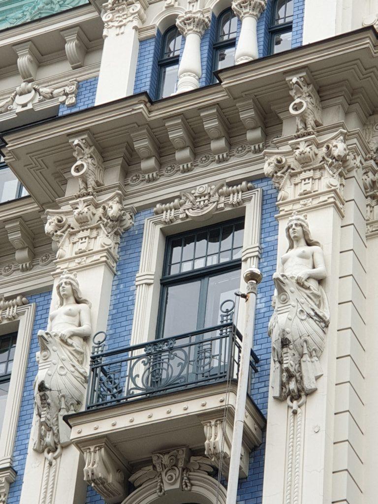 sezione della facciata liberty in Strelnieku Iela 4a
