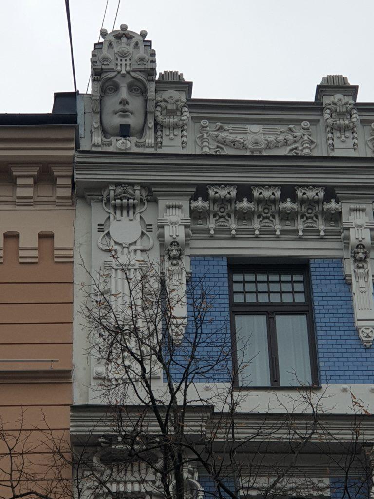 decoro frontale art nouveau in Elizabetes Iela 10b riga