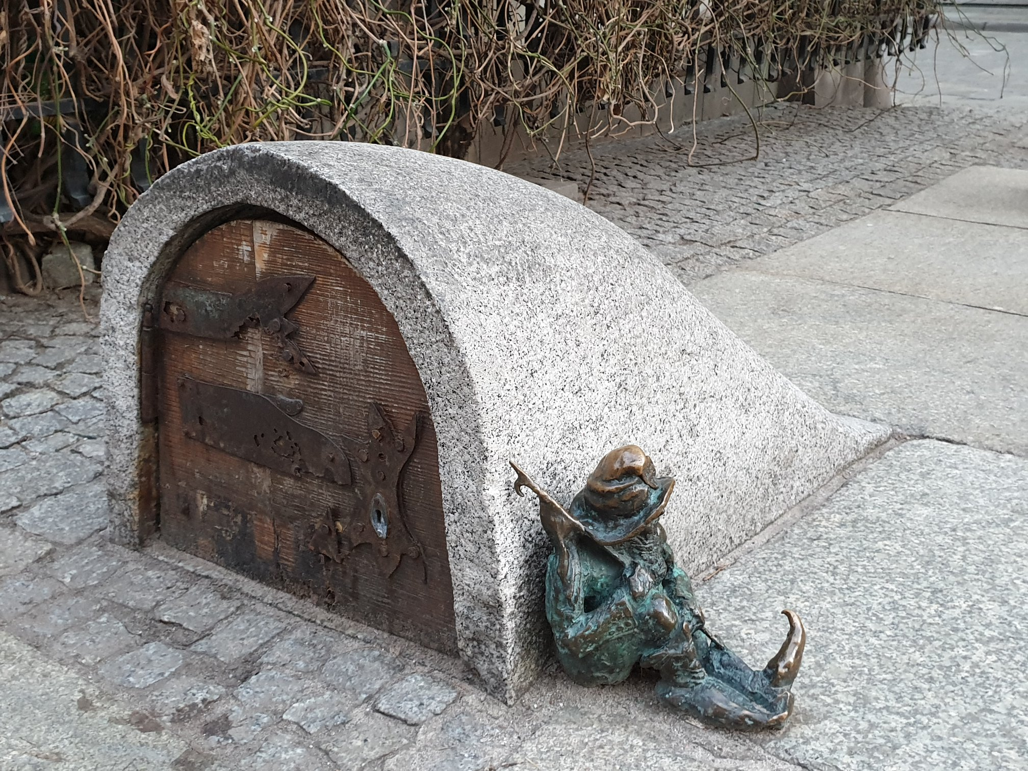casa degli gnomi e guardiano wroclaw