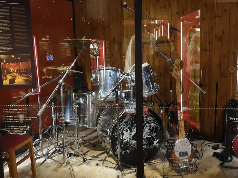 """Batteria """"Ludwig"""" utilizzata da Roger Taylor in molti concerti, tra cui il Live Aid"""