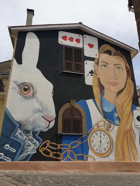 Alice nel paese delle meraviglie a Sant'Angelo di Roccalvecce