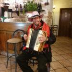Ristorante Il Transumante Villetta Barrea Mario e la sua fisarmonica
