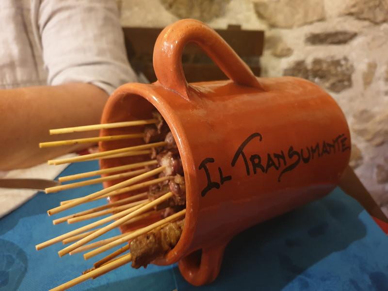 Ristorante Il Transumante Villetta Barrea arrosticini nel coccio