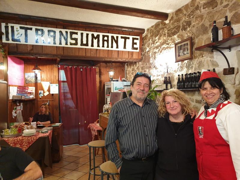 Ristorante Il Transumante Villetta Barrea con lo staff
