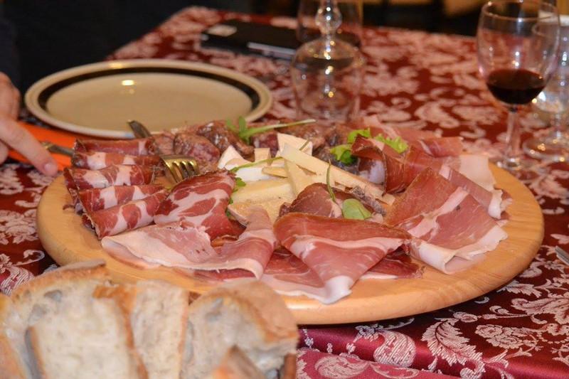 Ristorante Il Transumante Villetta Barrea tagliere misto di salumi e formaggi